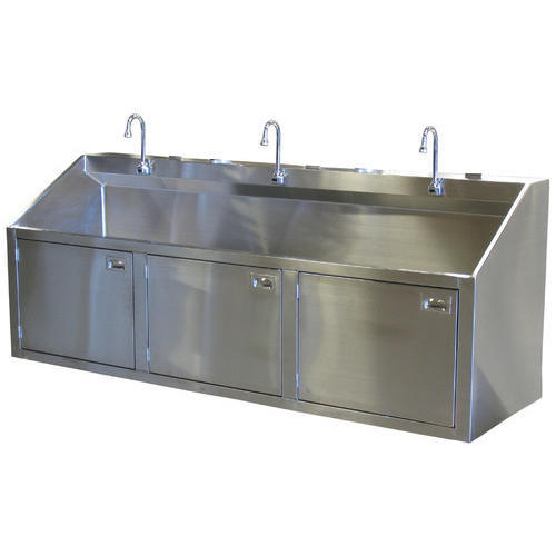 3 Bay Scrub Sinks